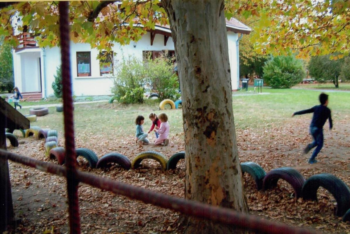 The geothermally heated kindergarten in Veresegyház.